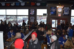 Full House at Legends Taphouse & Grill
